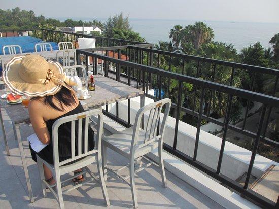 Dune Hua Hin: Die schöne Terrasse