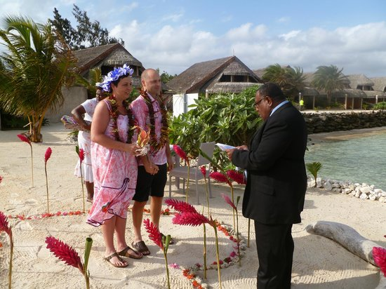Surfside Vanuatu: A local village Pastor - our wedding vow renewal ceremony