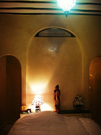 Riad Aicha Marrakech: Room on ground floor