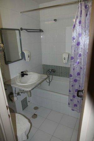 Astoria Galilee Hotel - Tiberias: łazienka