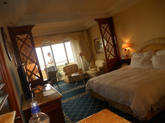 Rome Cavalieri, Waldorf Astoria Hotels & Resorts: Bedroom