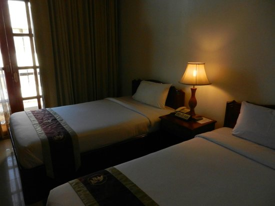 Prum Bayon Hotel: Bett