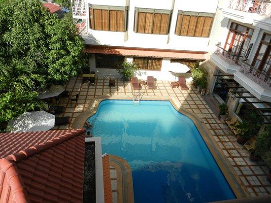 Prum Bayon Hotel: Pool