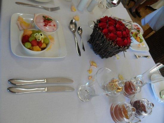 Somerset Lodge: Breakfast