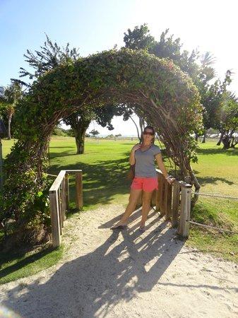 Las Casitas Village, A Waldorf Astoria Resort: Private island arch photo