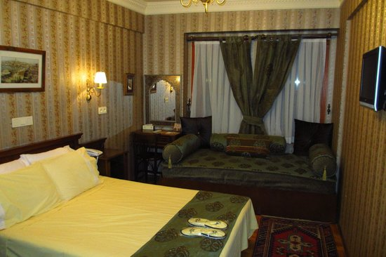 Dersaadet Hotel: A room with a Turkish bath
