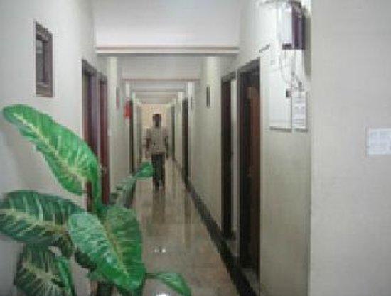 Chinna's Residency: Corridor