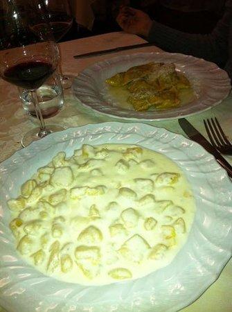 Da Claudino: gnocchi al castelmagno.. delicatissimi!!