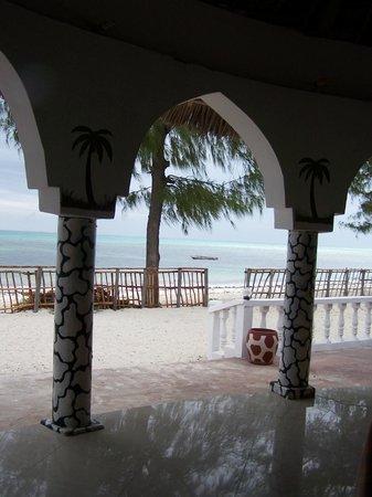 Visitor's Inn Hotel: La vista dalla sala colazione