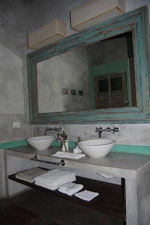 Casa Los Jazmines: Bathroom