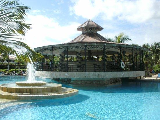 Margarita pool picture of ifa villas bavaro resort spa for Villas bavaro
