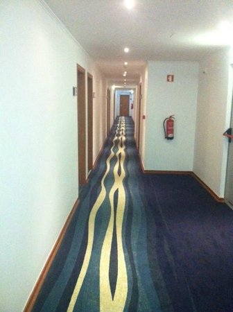 Holiday Inn Algarve: Corridor view