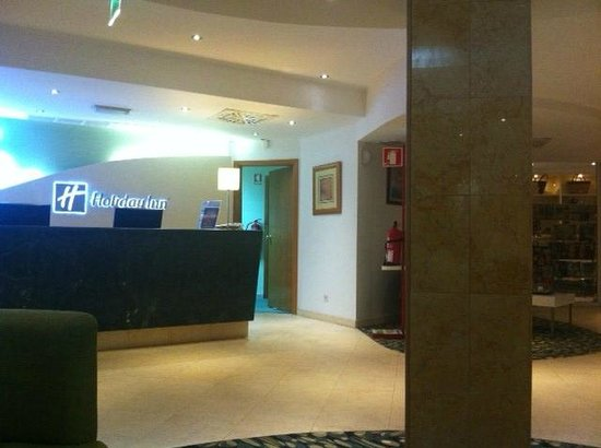 Holiday Inn Algarve - Armacao de Pera: Reception
