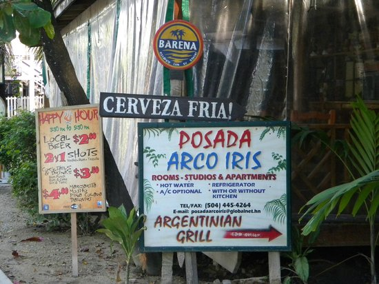 Posada Arco Iris : Hotel Sign