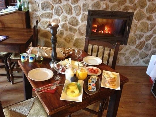 Finca el Tossal: desayuno