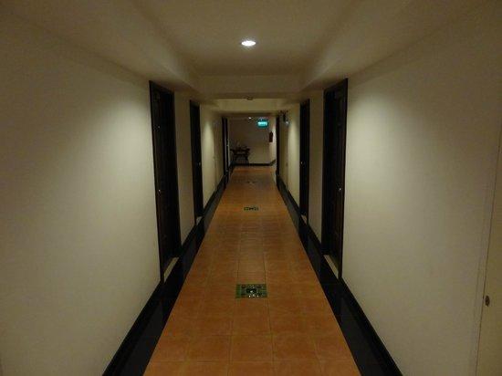 โรงแรมวังบูรพาแกรนด์: Hotel Wangburapa