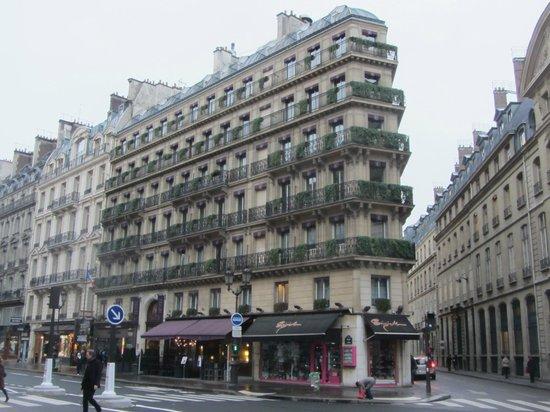 โรงแรมเอดูวาร์ด 7: Hotel Edouard 7