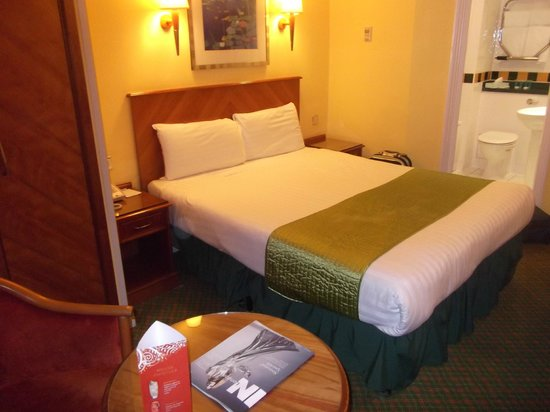 Lancaster Gate Hotel: Double room