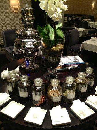 هوتل توباز: L'assortimento per il tè delle cinque (gratuito)