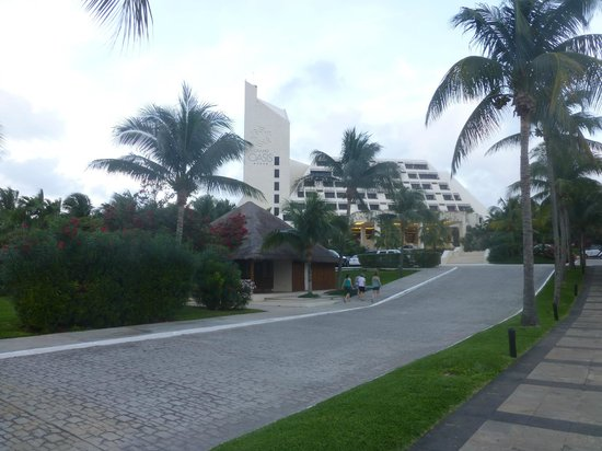 Grand Oasis Cancun: Entrada