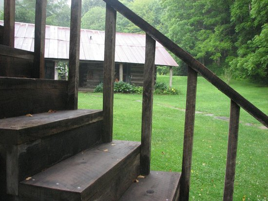 The Mast Farm Inn : View