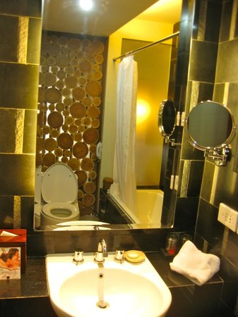 Kuta Seaview Boutique Resort & Spa: Bathroom