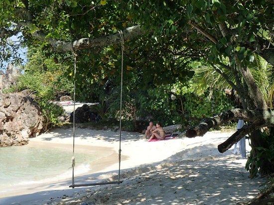 GLOW Elixir Koh Yao Yai: quiet beach