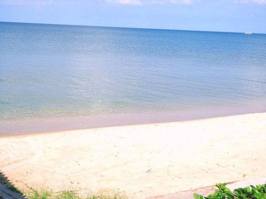 Huong Bien Hotel: Strand