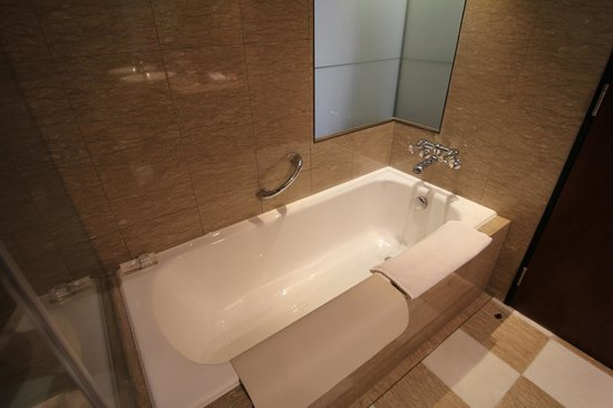 Les Suites Taipei Ching-cheng: Bathroom 6