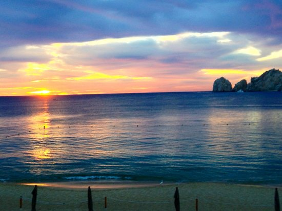 Casa Dorada Los Cabos Resort & Spa: Sunrise taken from Hotel Grounds