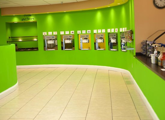 Somerset, KY: 6 Froyo Machines with up to 18 Flavors!