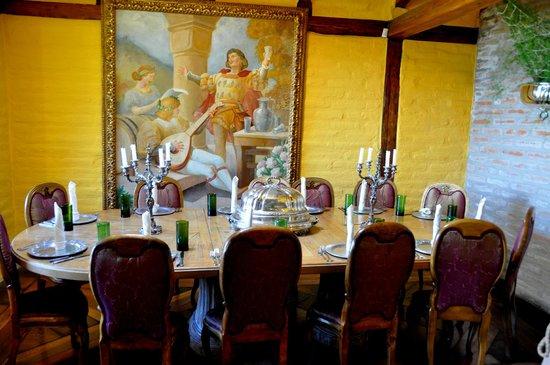 Hacienda Rumiloma: Meeting / Dining Room