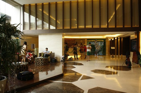 Jasmine Resort Hotel: hotel lobby