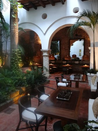 Agua Hotel : This the area where breakfast is served
