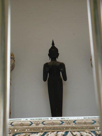Bangkok Food Tours: Tempelfigur