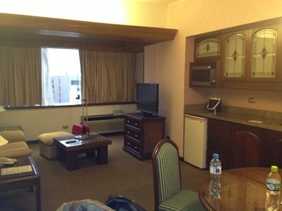 Thunderbird Hotel J. Pardo: ante sala