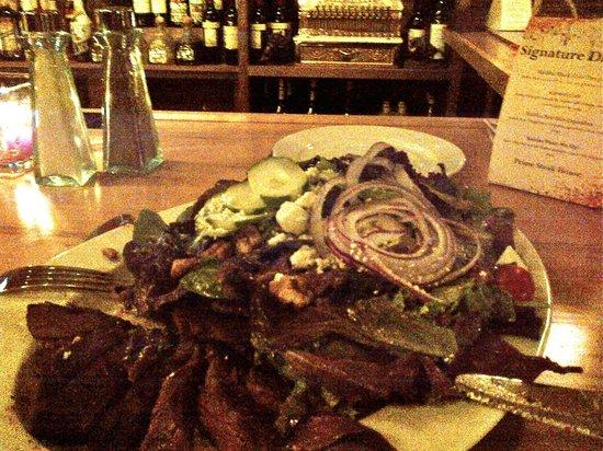 Prime Steakhouse: Steak Salad at the bar.