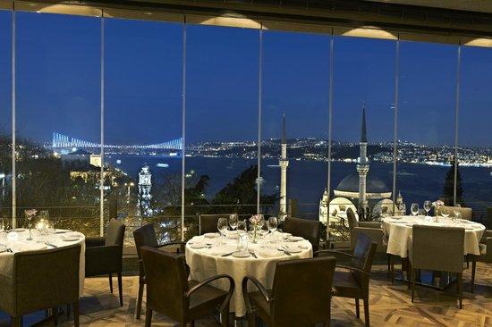 Topaz Restaurant: 3