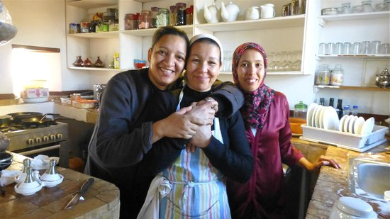 Riad Laaroussa Hotel and Spa: Great Staff
