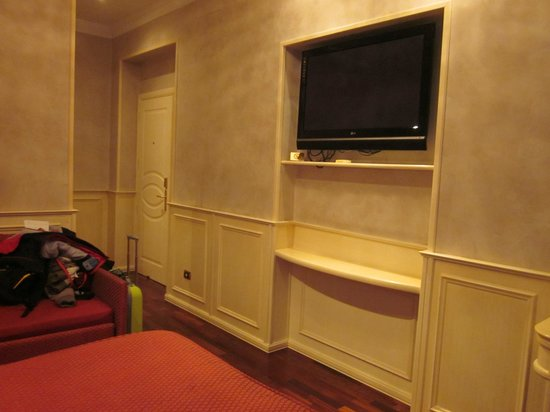 Al Viminale Hill Inn & Hotel: TV