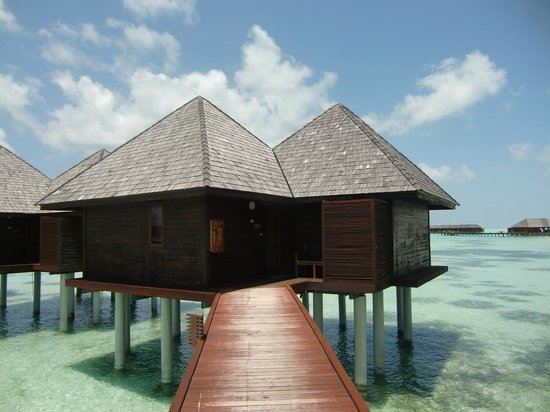 Olhuveli Beach & Spa Maldives: water villa