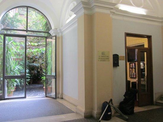 Al Viminale Hill Inn & Hotel: Recepción