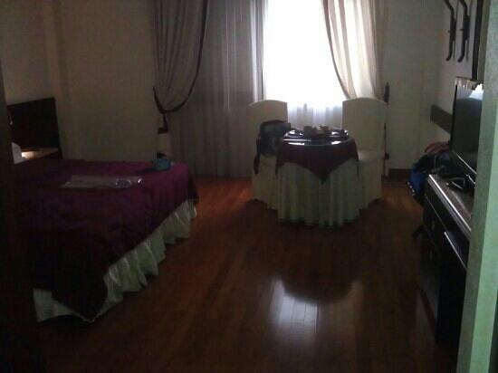 Hotel Leopardi: camera matrimoniale superior