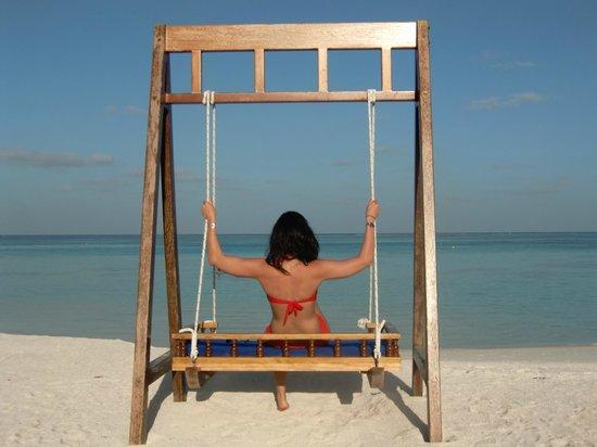 Olhuveli Beach & Spa Maldives: playa
