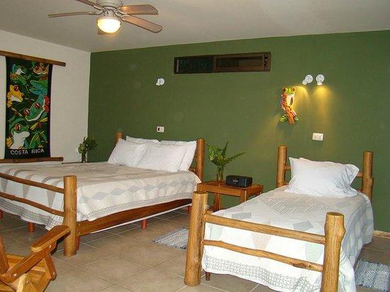 Pura Vida Hotel: Bedroom