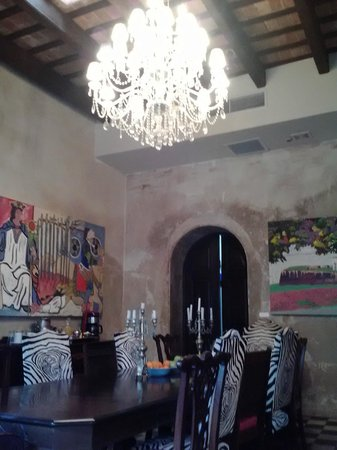 Villa Herencia: Chandelier