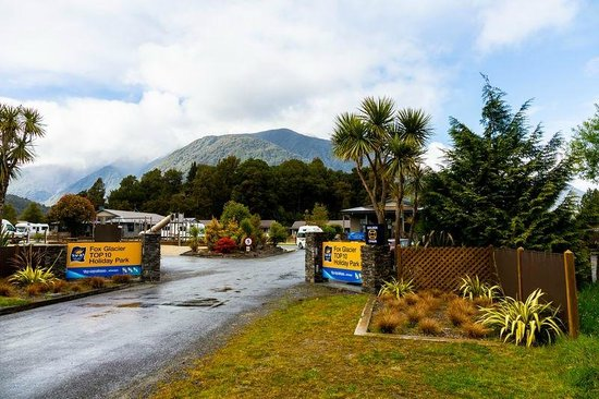 Fox Glacier TOP 10 Holiday Park: Main entrance