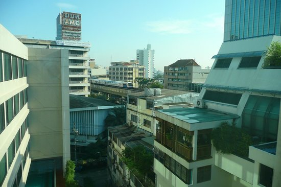Vic3 Bangkok : View from a room on 8th floor