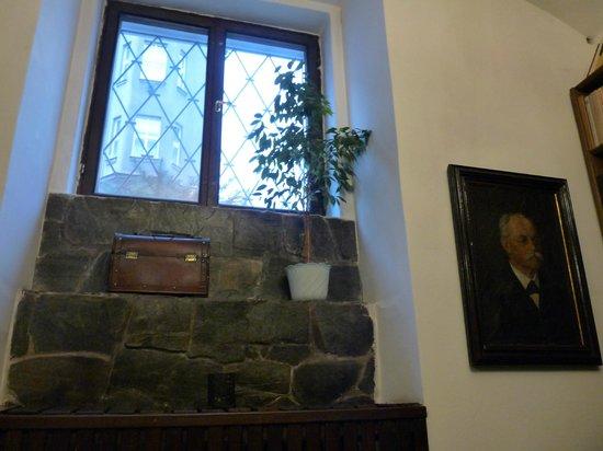 U Semika: The beautiful window in the dining room