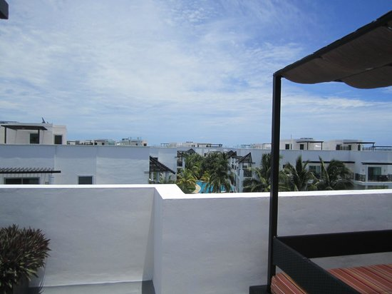 Azul Beach Resort The Fives Playa Del Carmen: View from the Rooftop deck